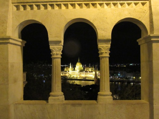 Fisherman Bastion-Night